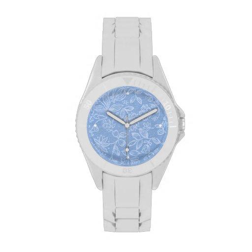 Floral blanco en azul reloj