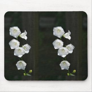 Floral blanco hermoso alfombrilla de raton