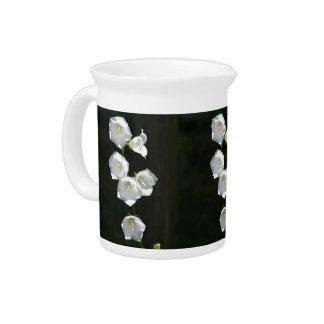 Floral blanco hermoso jarron