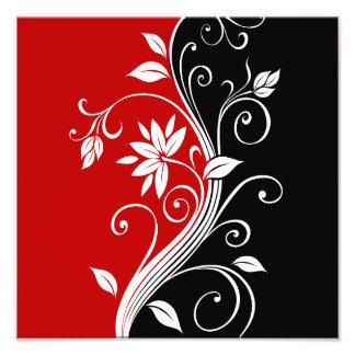 Floral blanco y negro rojo fotografías