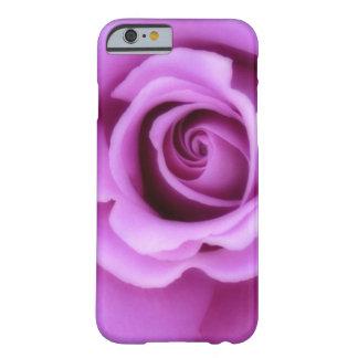 Floral bonito rosado púrpura de la lavanda color funda de iPhone 6 slim