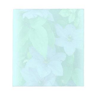Floral Clematis-Silenciado azul de la aguamarina Blocs De Papel