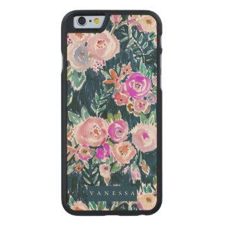 Floral color de rosa oscuro de la profusión de funda de iPhone 6 carved® slim de arce