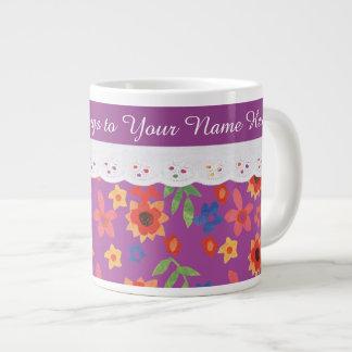 Floral de encargo en la taza de café magenta, taza grande