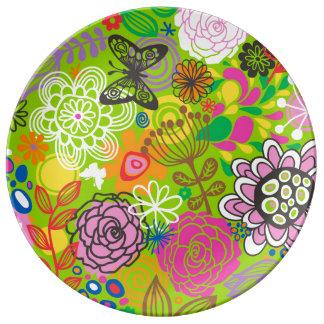 Floral Doodle Pattern Dinner Plate