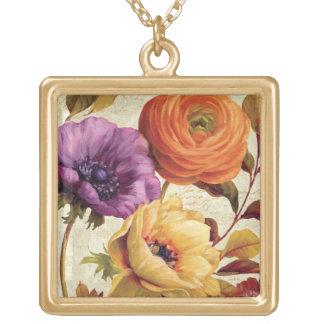 Floral en la plena floración collar dorado