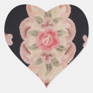 Floral esculpida pegatina en forma de corazón