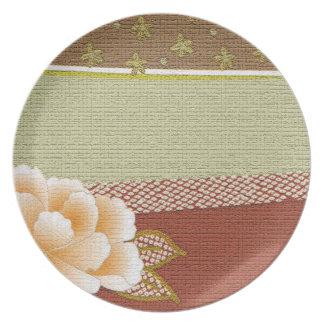 """Floral """"Kimono"""" Design Plate"""