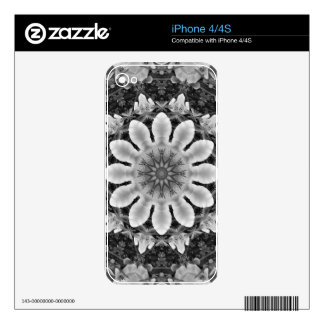Floral mandala-style, Blossoms black, white, gray Decal For The iPhone 4S
