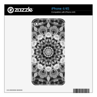 Floral mandala-style, Tulips Black, white and gray iPhone 4S Skins