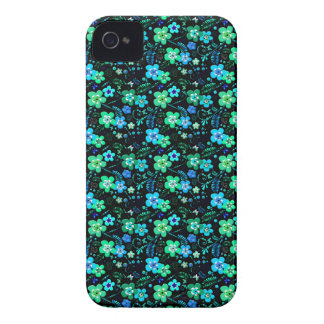 Floral pattern blue and teal iPhone 4 case