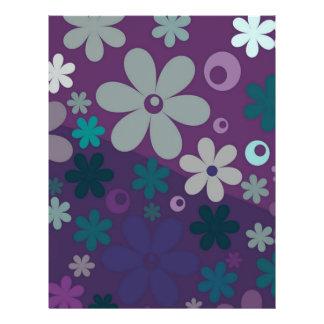 Floral púrpura membrete a diseño