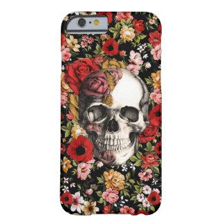 Floral retro con el modelo del cráneo funda de iPhone 6 barely there