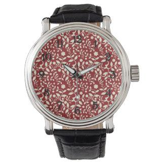 Floral rojo y poner crema relojes