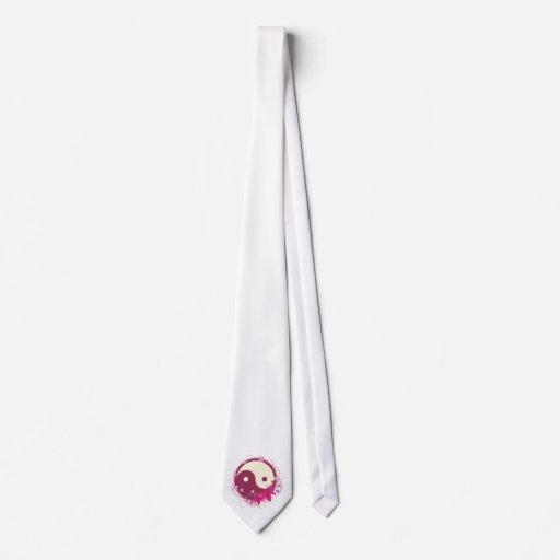 Floral rosado de Yin Yang Corbatas Personalizadas