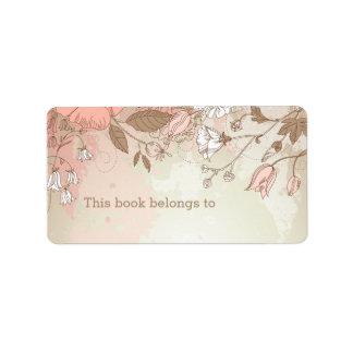"""Floral rosado """"este libro pertenece"""" a las etiquetas de dirección"""