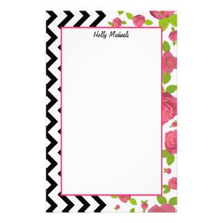 Floral y zigzag mezclados imprime los efectos de papeleria personalizada