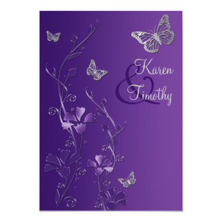 """Florales púrpuras y de plata con las mariposas invitación 5"""" x 7"""""""