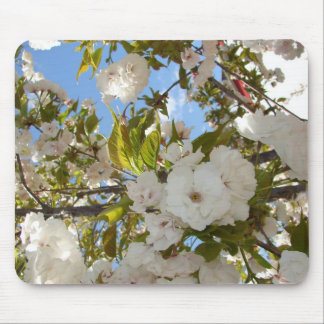 FLORA'S FEAST WHITE BLOSSOM MOUSE PAD