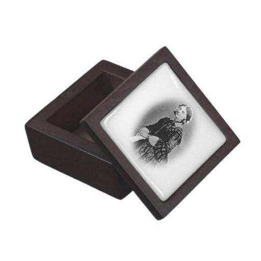 Florence Nightingale Cameo/Nurses Premium Gift Box