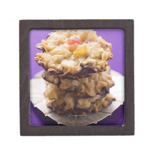 Florentines apilados en la placa, primer caja de regalo de calidad