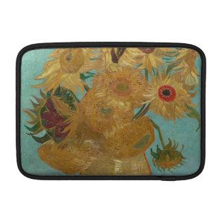Florero con 12 girasoles de Vincent van Gogh Funda MacBook
