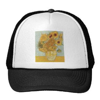 Florero con 12 girasoles gorras