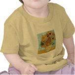 Florero con doce girasoles de Van Gogh Camiseta