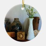 Florero con los Wildflowers y los jarros Ornaments Para Arbol De Navidad