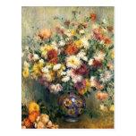Florero de Pedro-Auguste Renoir- de crisantemos Postal