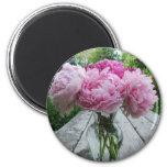 Florero de Peonies rosados Imán Para Frigorífico