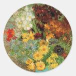 Florero de Van Gogh con las margaritas y las Etiqueta Redonda