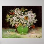 Florero de Van Gogh con Zinnias y otras flores Póster
