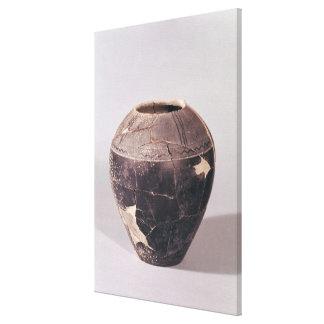 Florero del enlucido cerámico adornado con las lín lona envuelta para galerias