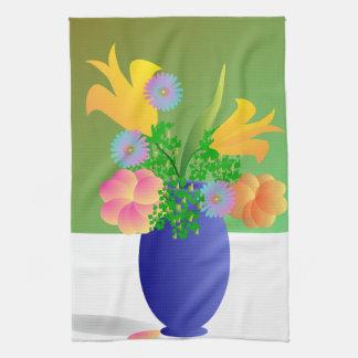 Florero por completo de flores brillantes toallas de mano
