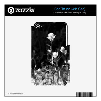 Flores alpinas blancos y negros iPod touch 4G skins