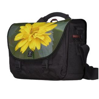 Flores amarillas bolsas de portátil