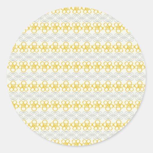 Flores amarillas con diseño gris etiquetas redondas