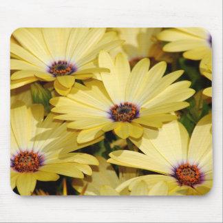 Flores amarillas tapetes de ratón