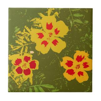 Flores amarillas y rojas del vintage azulejo cuadrado pequeño