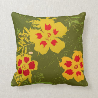 Flores amarillas y rojas del vintage en la cojín