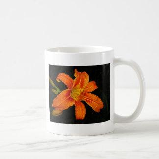 Flores anaranjadas del lirio tigrado taza de café