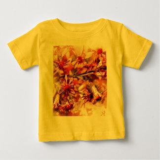 Flores anaranjadas marrones tshirts