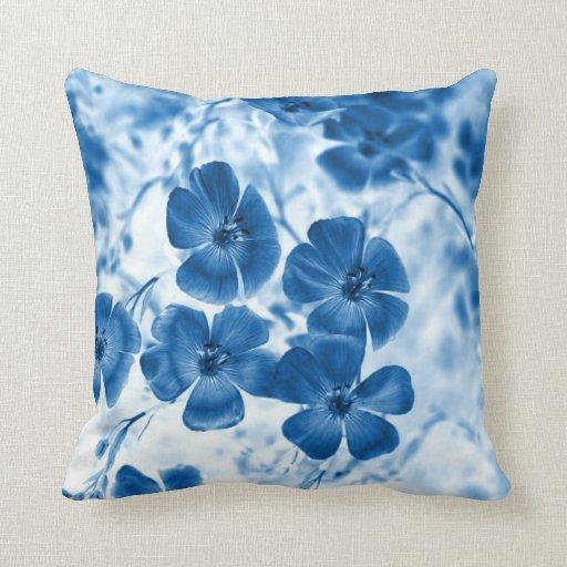 Flores azules cojin