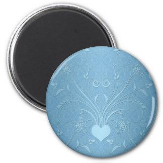 Flores azules dulces del corazón imán redondo 5 cm