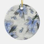 Flores azules ornamente de reyes