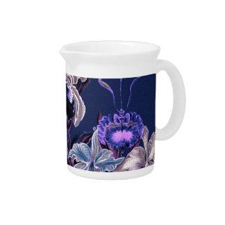Flores azules púrpuras magníficas del vintage jarras