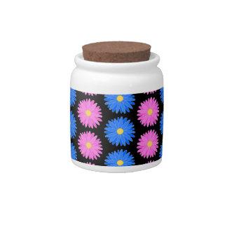 Flores azules y flores rosadas modelo plato para caramelo