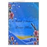 Flores azules y rosadas del menú del boda tarjetón
