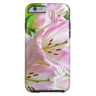 Flores blancas bonitas clásicas lindas del rosa en funda para iPhone 6 tough